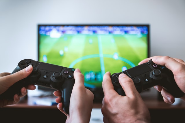 PlayStation Plus: co to je a jak ušetřit
